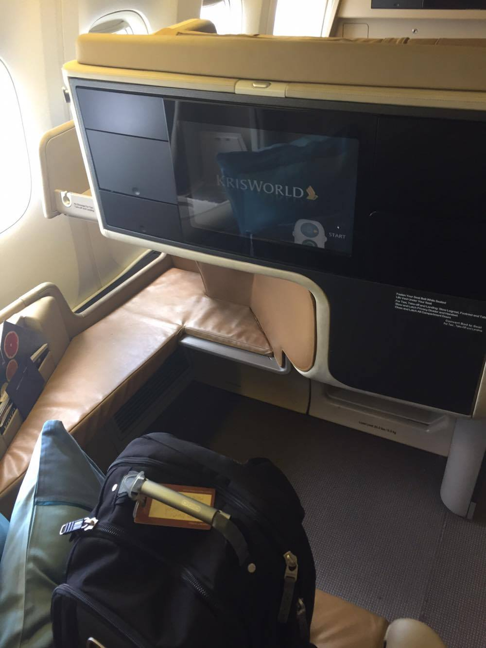 Experienced My First Ever Business Class Flight On Singapore Airlines